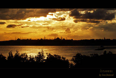 Istanbul's Silhouette by sinademiral