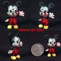 Zombie M Mouse ooak figurine by Undead-Art