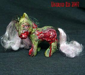 My little ZOMBIE Pony  OOak by Undead-Art