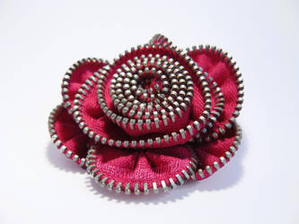 Zipper Brooch by worseevil