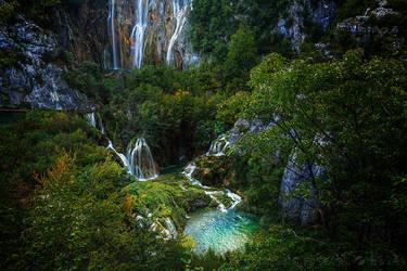 Big Waterfall Plitvice, Croatia by rudoma