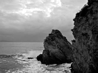 Rocks against waves by DarkLinkFire