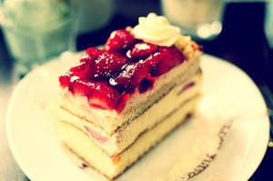 Strawberry Gateau time by MajDesign