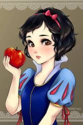 Snow White by Mari945