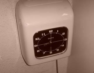 Clock by Jakeukalane