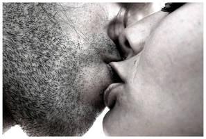 kiss by Tony-Guerrero