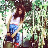 Garden girl by worthyG