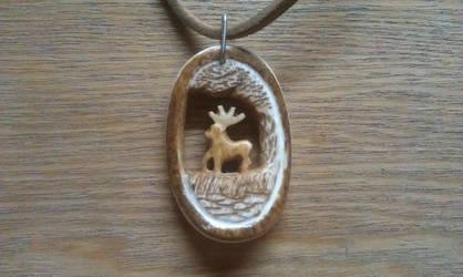 Deer pendant (bone) by Draupnir-666