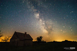 Lonely cottage by NorbertKocsis
