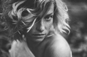 Luisa by phot0head