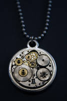 Steampunk pendant by Catarios