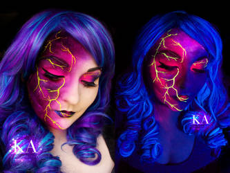 Black Light Lightning by KatieAlves