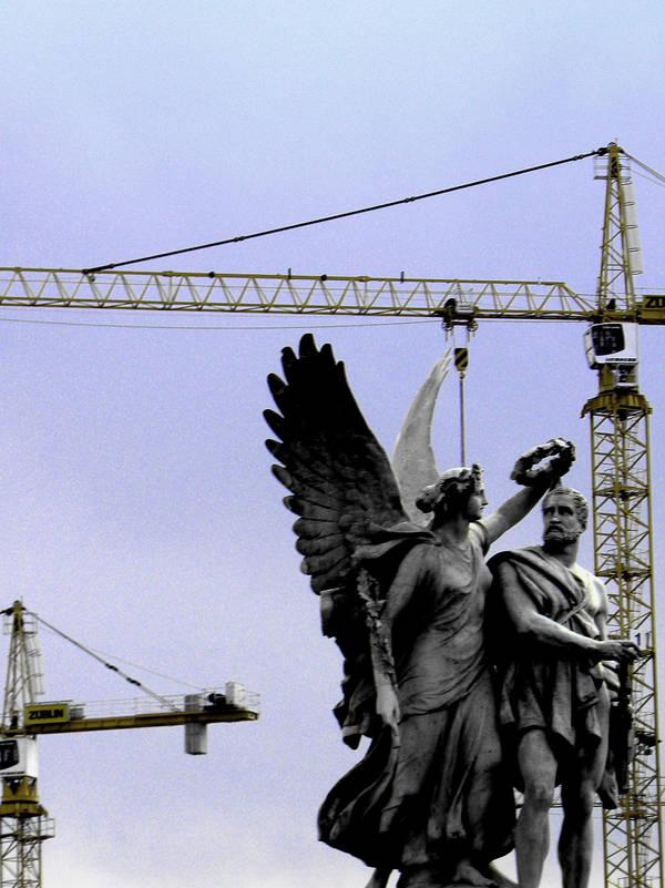 Angels in Berlin I by desdemonea