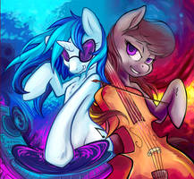 Vinyl Scratch and Octavia Melody (Hobbes-Maxwell) by GaniGhost