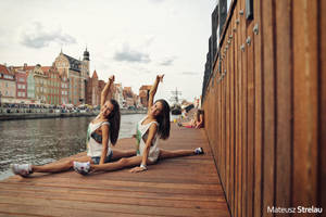 Ballerinas Twins by PhotoYoung