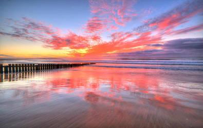 Torquay Sunrise by daniellepowell82