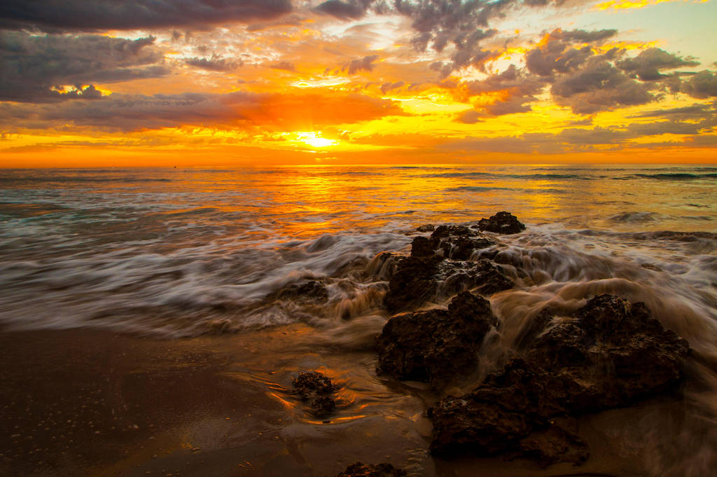 Torquay Sunrise 2 by daniellepowell82