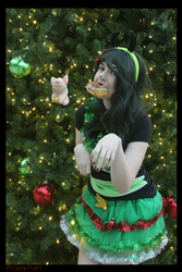(Invader Zim) Christmas GIR Cosplay by KrazyKari