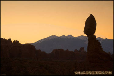 Arches Dawn by Obscurantic