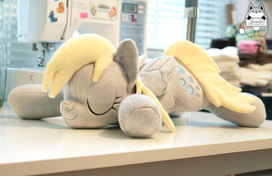 Sleeping Derpy Hooves *SOLD* by JanellesPlushies