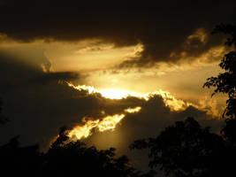 Sun goes down by riktorsashen