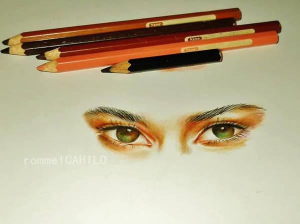 Hazel Grace Lancaster's Eyes by rommeldrawlines-12