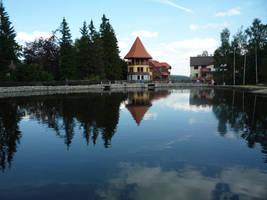 Fairytale lake by krzysiu-jarzyna