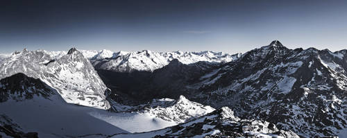 View from Schwarz Wand 2 3105m by rembrandt83