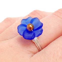 Royal Blue Flower Ring by lulabug