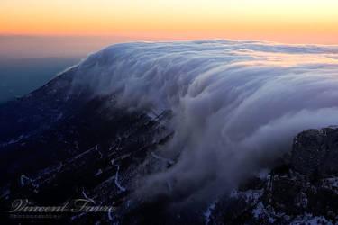 Tsunami by vincentfavre