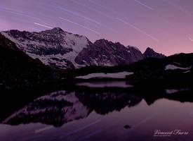 Night reflexion... by vincentfavre