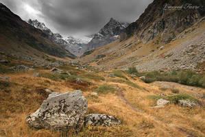 Muande Valley... by vincentfavre