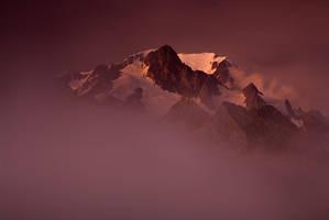 Mont Blanc fantomatique by vincentfavre