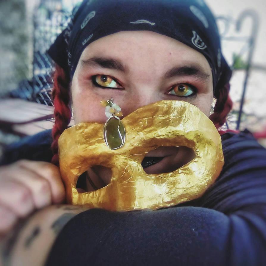 mask1 by WyckedDreamsDesigns