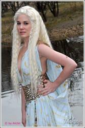 GoT: Daenerys I by Mokuyo