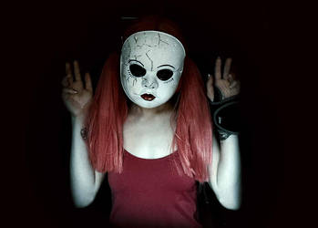 Doll Face Did Nothing by UmbrellaSpecter