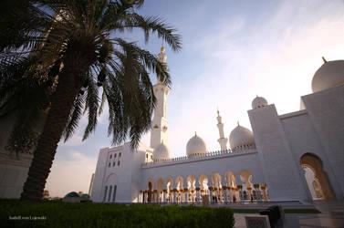 Sheikh Zayed Grand Mosque, Abu Dhabi, UAE by IVL-Photo