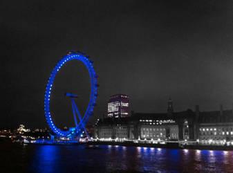 London Eye at Night by chamathe