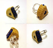 Blueberry Pie Ring - commission by CantankerousCupcake