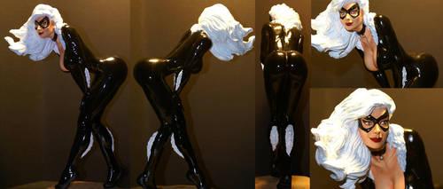 Black Cat statue by eskulltor