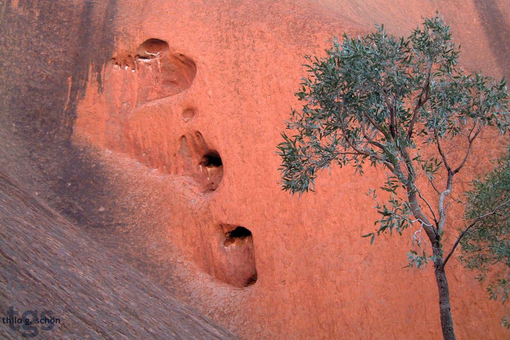 Uluru's Heart by JNLN