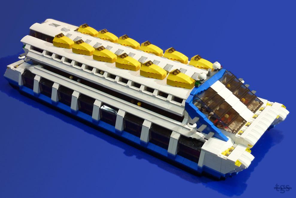 LEGO Future Ferry by JNLN