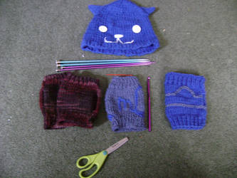 Lots and lots of knitted things by CandlelightReminisce