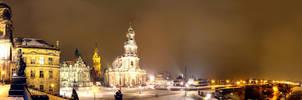 Dresden under snow by Lykorias