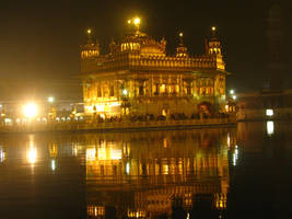 Golden Temple, Amritsar, India by phoenix1584