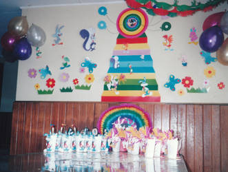 Tiny Toons Party Decorations 04 by alesaenz