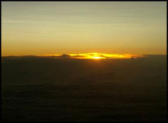 Sunset above clouds by zdzichu