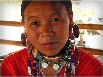 Burmese Woman by sabdesign