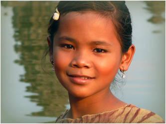 Cute girl in Cambodia by sabdesign