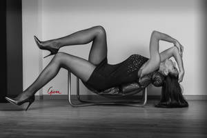The pose by GiannPhoto